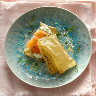 tompouce of filo pastry with smoked salmon