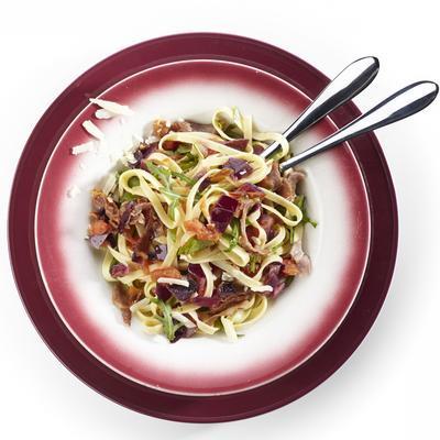 tagliatelle with raw ham, arugula and red onion
