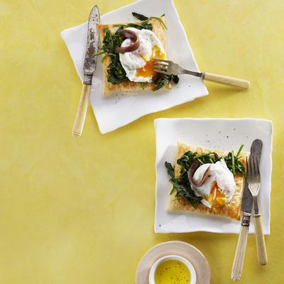 spinach galette with poached egg