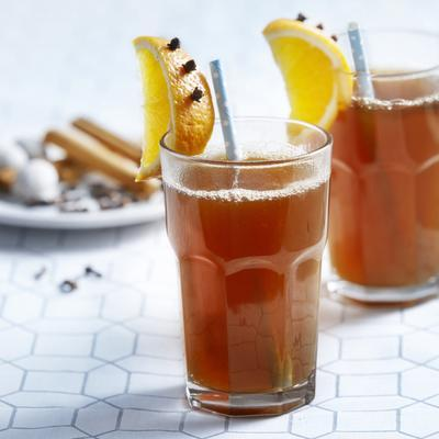 punch with apple and cinnamon