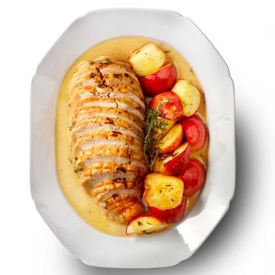 chicken roulade with apple and thyme