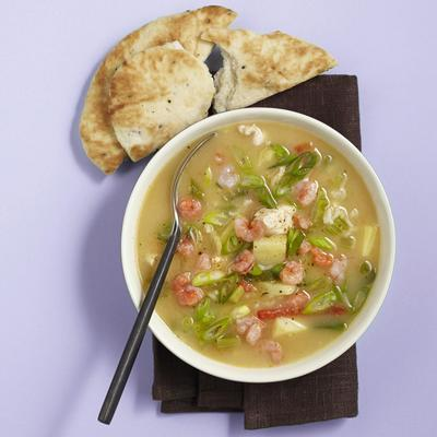 gum soup with chicken and prawns