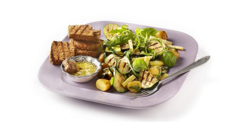 zucchini salad with cheese and potatoes