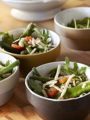 bean salad with green herb dressing
