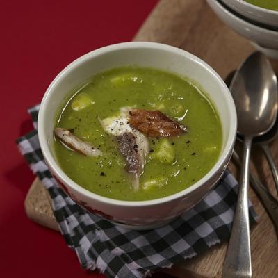 leek soup with celeriac and mackerel