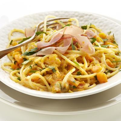 pasta with pumpkin and raw ham