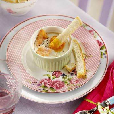 oeuf and cocotte with salmon