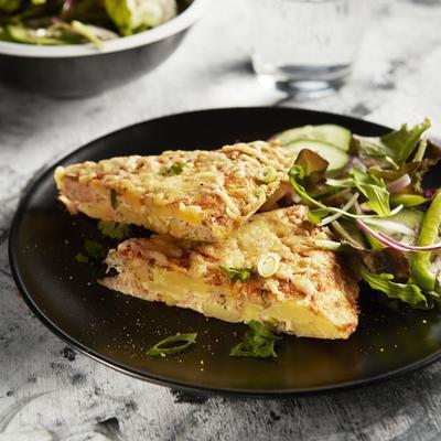 potato omelette with tuna