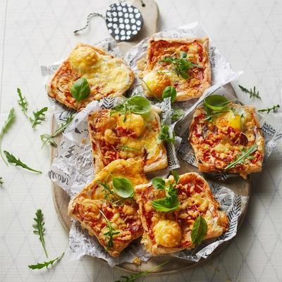 puff pastry pizzas with egg