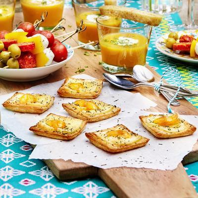 puff pastry snacks with brie and apricot jam