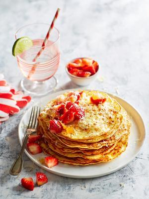 cheese pancake with strawberry-ginger compote