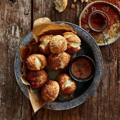 pretzel buns with cinnamon sugar