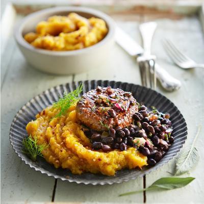 fennel leek pumpkin puree with black beans and tartar