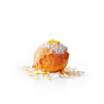 oliebollen with orange and mashed mice