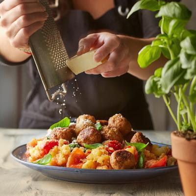 Italian tomato stew with meatballs
