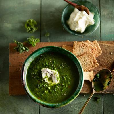 indian kale-spinach soup