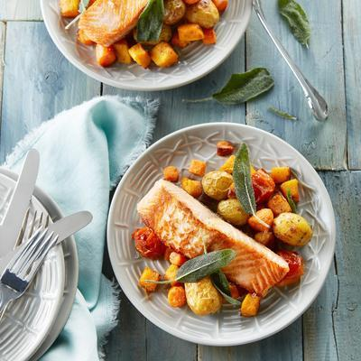 salmon with spicy oven vegetables