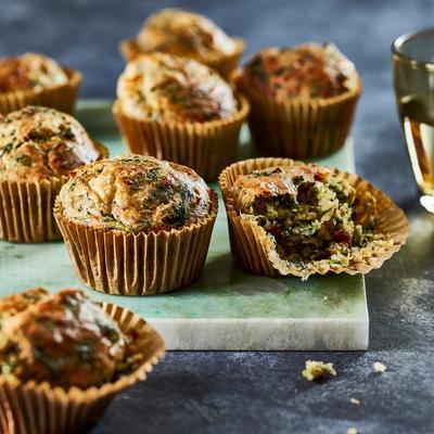 spinach muffins with tomato and mozzarella