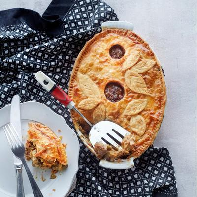 lamb curry with dates 'and croute'