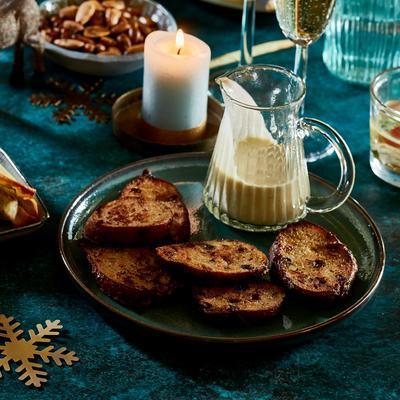 oliebollen-French toast with vanilla sauce