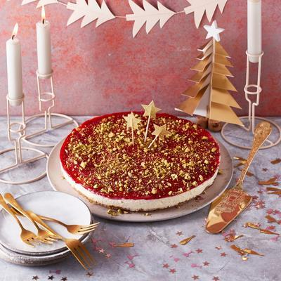 vanilla cheesecake with cranberry