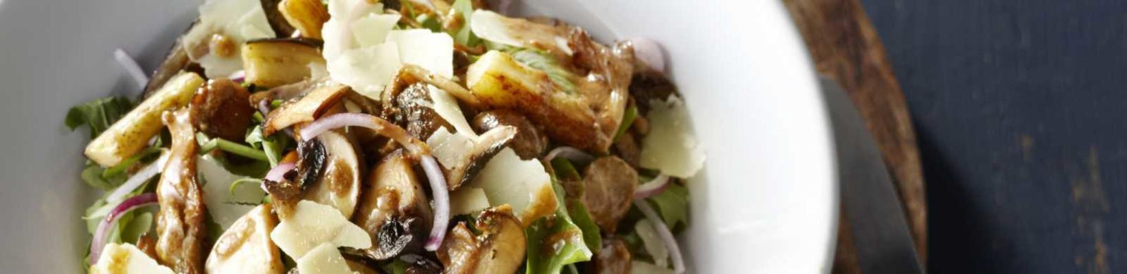 arugula salad with eggplant and fried mushrooms