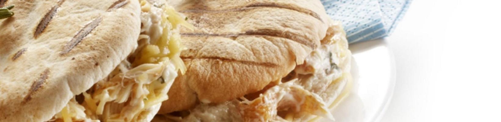 pita sandwich with mackerel