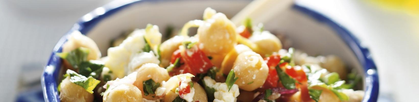 spicy chickpea salad with feta