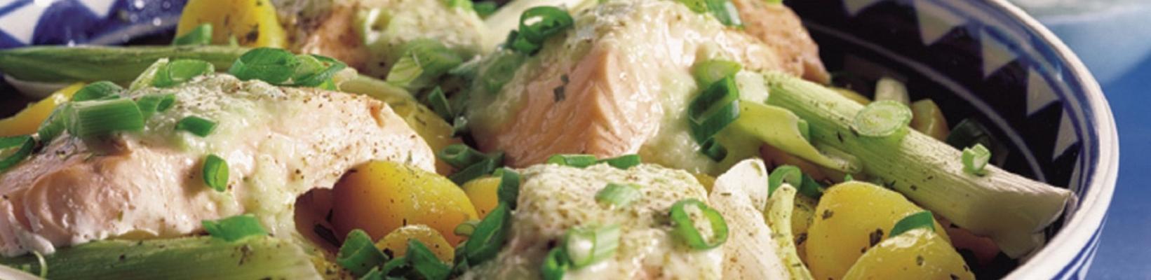 salmon with potatoes, leek and cucumber sauce