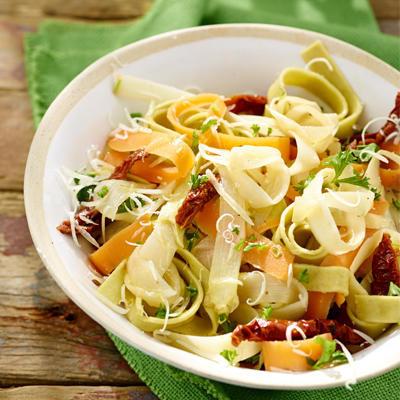 asparagus tagliatelle tricolore