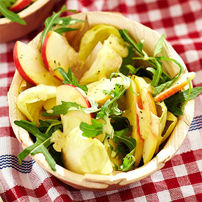 arugula chicory salad with apple and walnuts