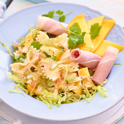 farfalle salad with tropical fruit