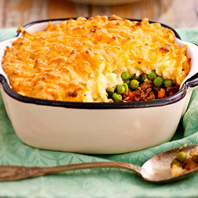 cottage pie - minced meat dish with mashed potatoes