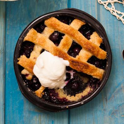 blåbärspaj - hot blueberry tarts