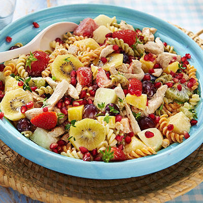 fruity meal salad with turkey