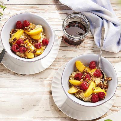 quinoa breakfast with peach