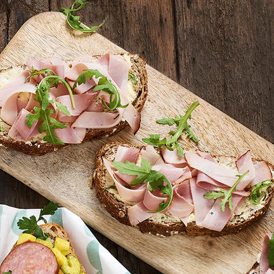 wholemeal batard with horseradish butter and ham