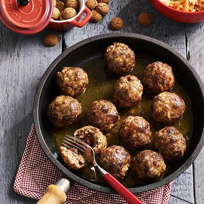 pepernoten meatballs