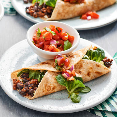 burritos with minced meat and black beans