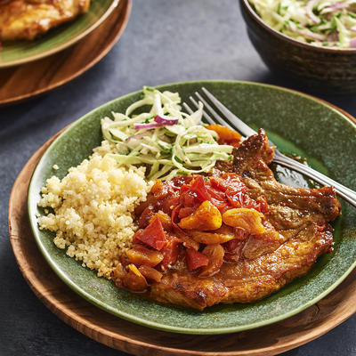 spicy chops with tomato and dried apricots