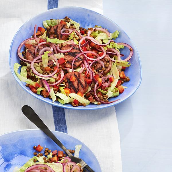 Lentil salad with crispy sausage