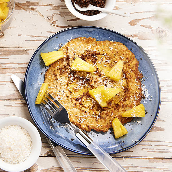 Oatmeal pancake with pineapple