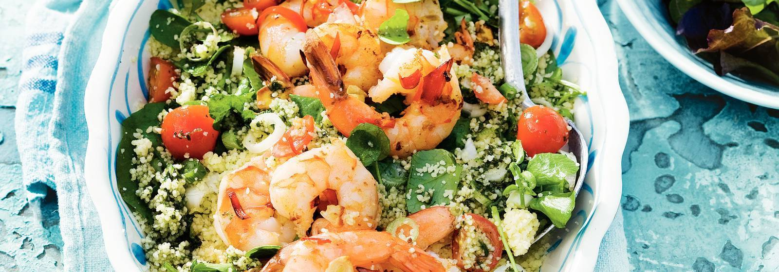 Couscous with spicy shrimps