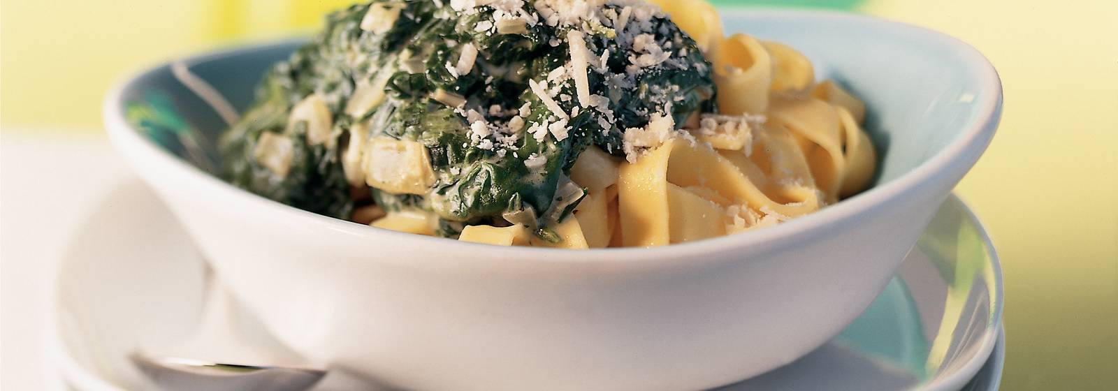 Ribbon pasta with spring spinach sauce