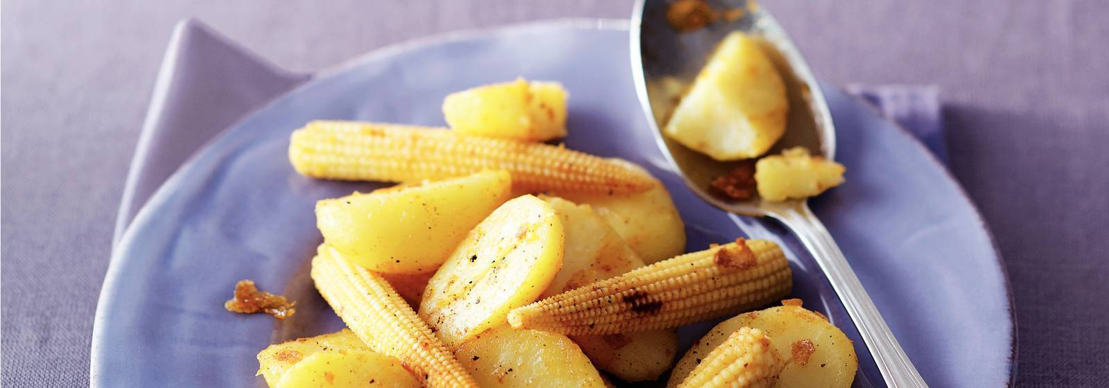Potatoes with corn cobs