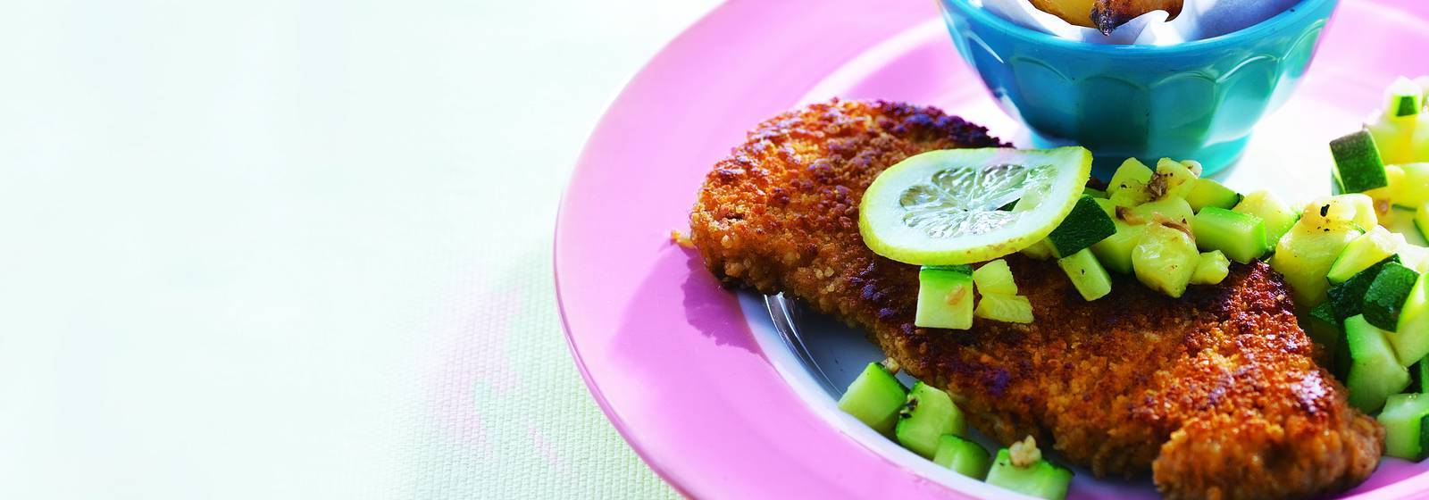 Schnitzel, lemon and zucchini