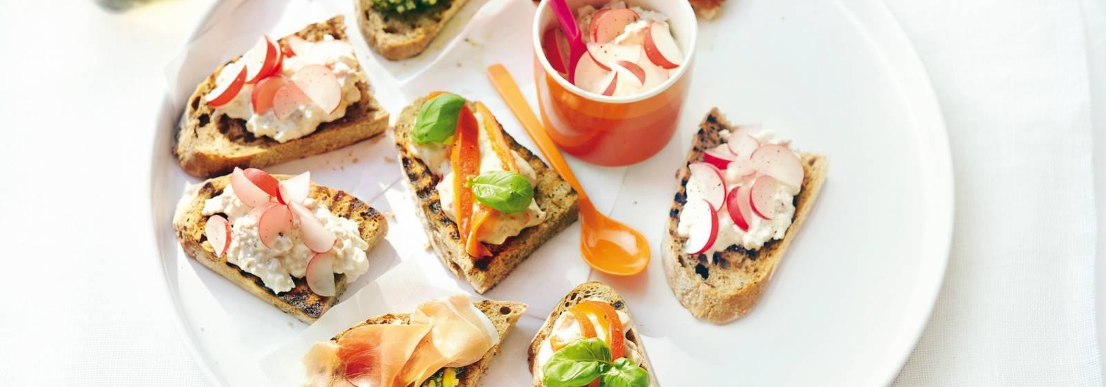 Hüttenkäse-tuna salad