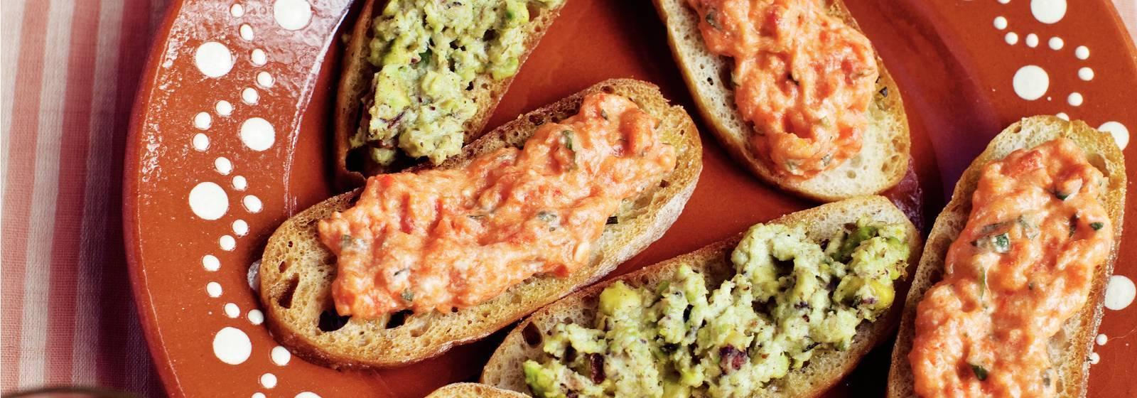 Pistachio pesto and pepper spread