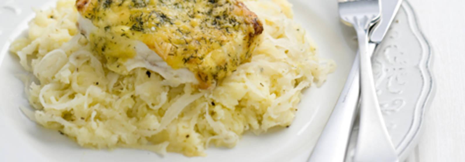 Sauerkraut stew with cod fillet